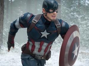 Marvel's Avengers: Age Of Ultron..Captain America/Steve Rogers (Chris Evans) ..Ph: Jay Maidment..?Marvel 2015
