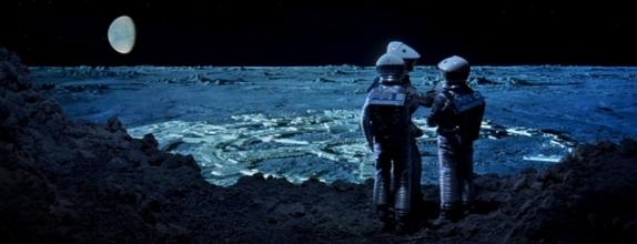 2001-clavius-astronauts-714391