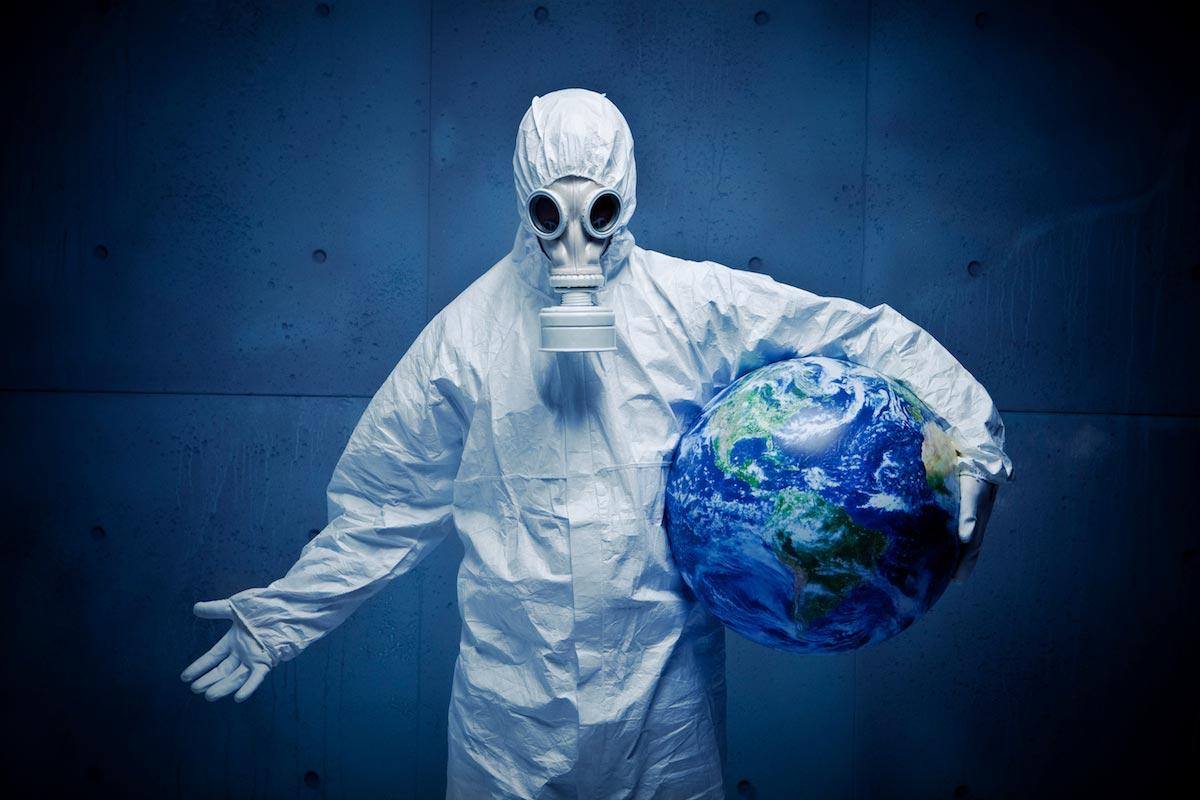 Biohazard-Suit-Hazmat-Earth-Gas-Mask.jpg