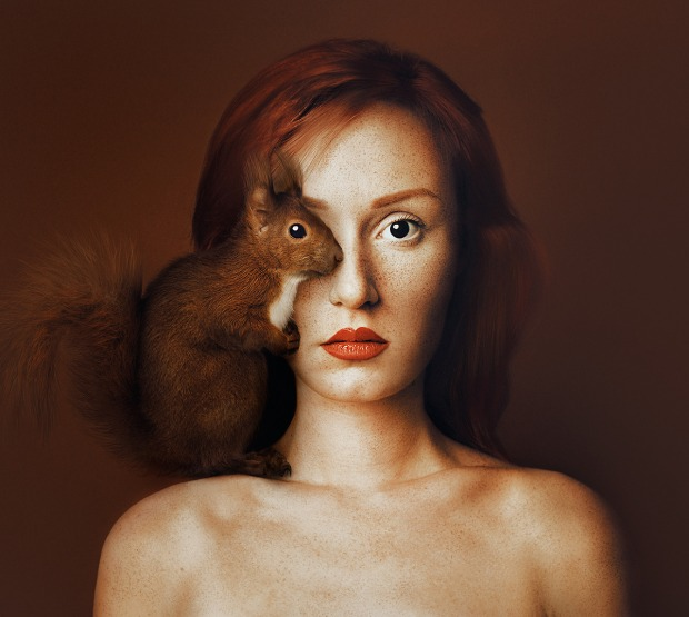 Animeyed serie Self portrait with animal by Flora Borsi.jpg