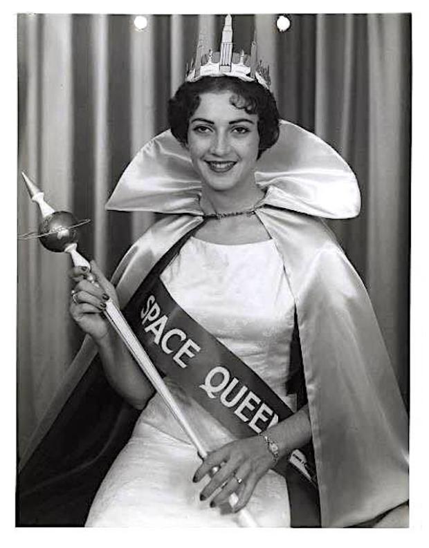 space-queen.jpg