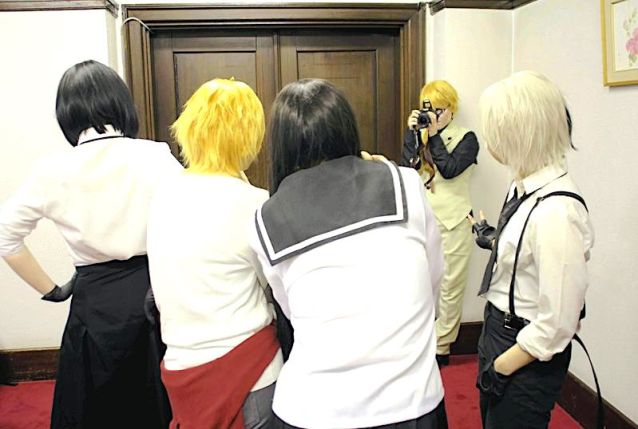 The Yomiuri Shimbun Cosplay fans take pictures at the Iwate Prefecture Public Hall in Morioka on April 8.