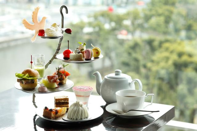 Courtesy of Palace Hotel Tokyo Afternoon tea served at Prive, Palace Hotel Tokyo