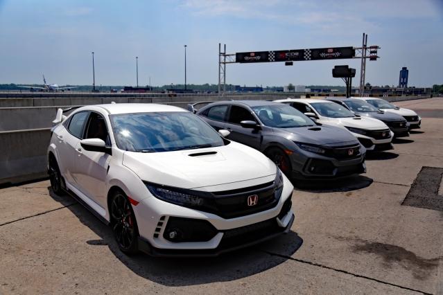 2017-Honda-Civic-Type-R-COLPITTS-1600x1067-001.jpg