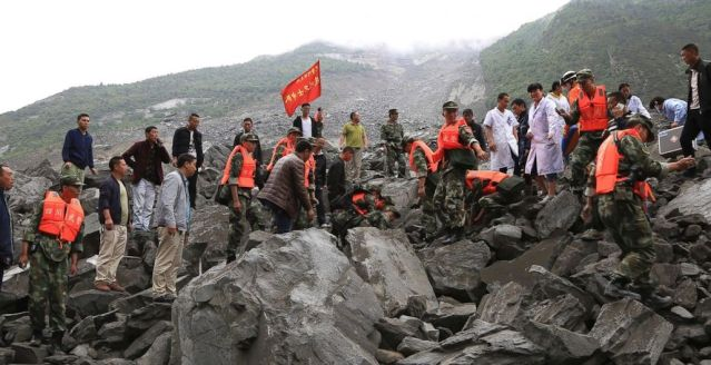 china-landslide-wire-AP.jpg