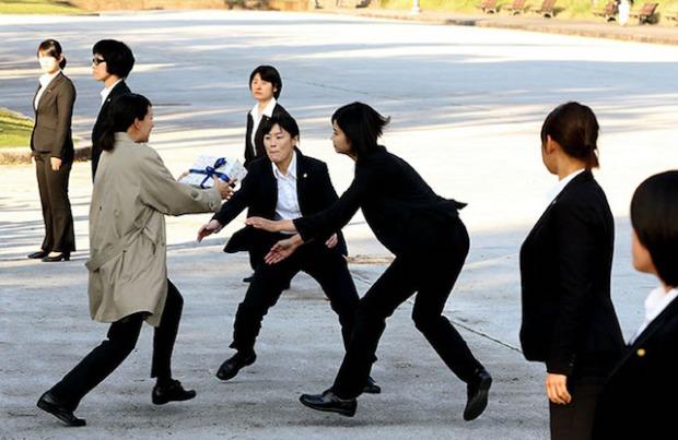 asahi-ivanka-bodyguards