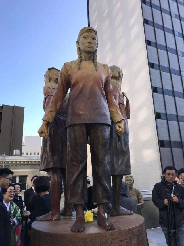 Kim-memorial1-800x1067.jpg