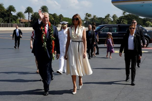 Melania-Trump-stuns-in-Hawaii-in-vanilla-dress-.jpg
