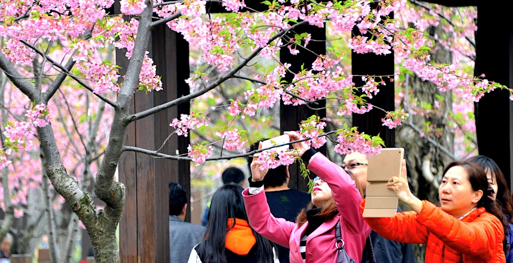 私たちはナンバーワンです!Japan Tops List of Nations Chinese People Want to Visit