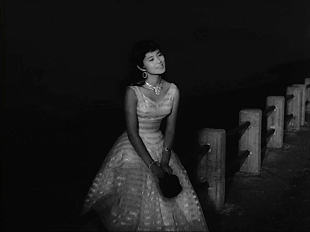 mie-kitahara-in-crazed-fruit-1956-night1.jpg