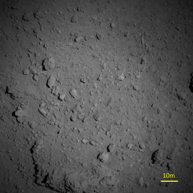 Japanese Probe Snaps Close-Up Images of Asteroid Ryugu