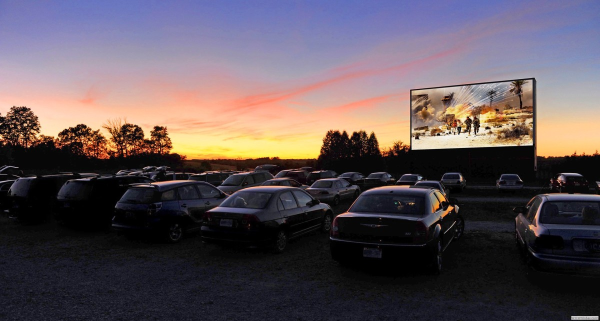 At Vintage Drive-in Theaters, the Romance Isn't Yet Dead